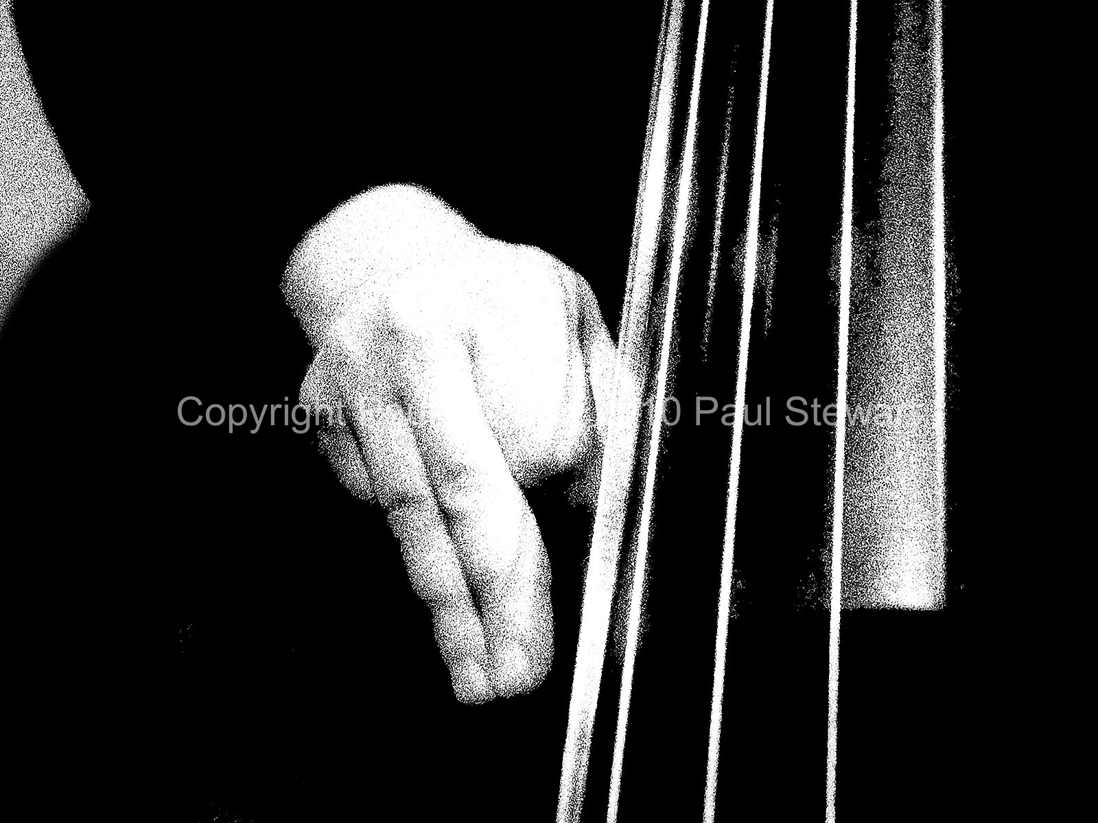 06/06/2007 OPS: Twang - Feel The Bass Press Images for It's Amazing Who You Meet Volume 1 by Paul Stewart These may only be used in conjunction with reviews of the book or exhibition without further permission ©Paul Stewart 2010 07917652636
